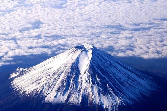 Фото кратера вулкана Фудзияма
